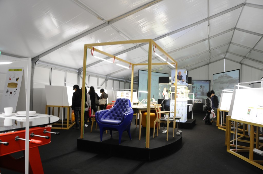View of the exhibition at the Tokio Designers Week